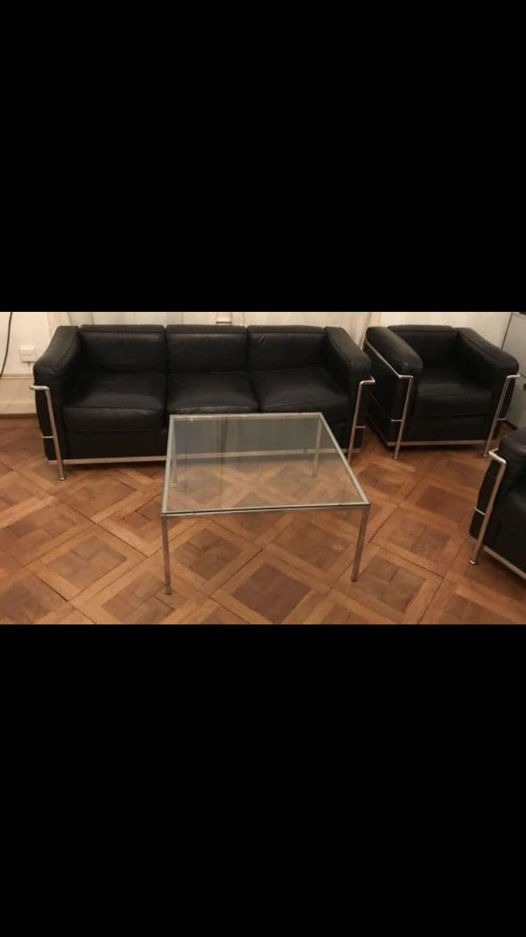 sofa neu beziehen mit kunstleder oder leder schwarz repfinder. Black Bedroom Furniture Sets. Home Design Ideas